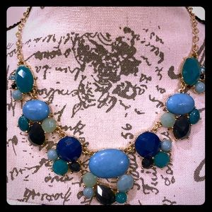 NWT Fashion Blue sparkler necklace 16-21 inches